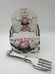 KING PROTEA BUNCH - SCALLOP CADDY INCL. CUTLERY - R145