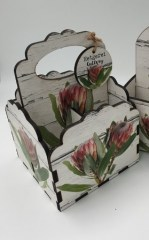 QUEEN PROTEA - SCALLOP 4DIV CADDY INCL. CUTLERY - R145 - Copy